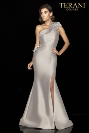 rochie de ocazie terani red carpet pe un umar 2427